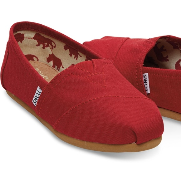 Toms Classic Red Slip On Canvas Women s Size 10 149d66763e97